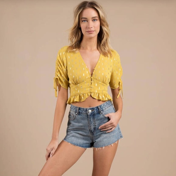 f72d6819a85 Tobi Tops   Mimo Ruched Sleeve Button Front Crop   Poshmark